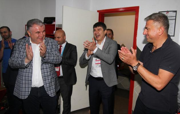 Türel'den Antalyaspor'a Tebrik