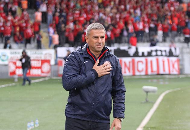 """Hamzaoğlu: """"Sabırlı Olup Gol Anını Bekledik"""""""