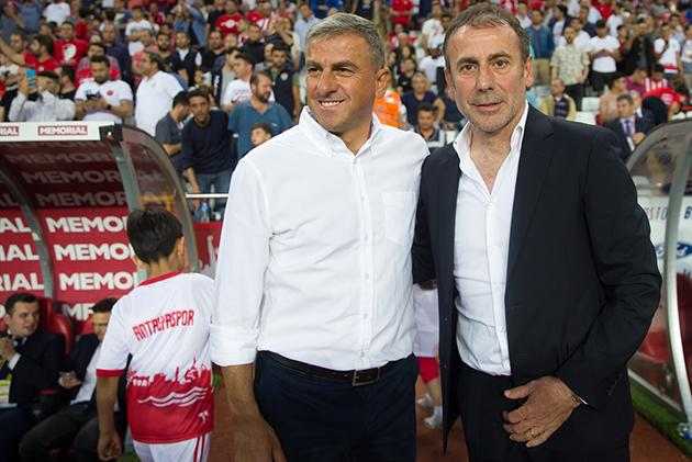 Hamzaoğlu Oynanan Oyundan Memnun