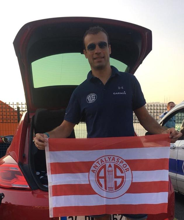 Antalyaspor Asya'dan Avrupa'ya Yüzdü