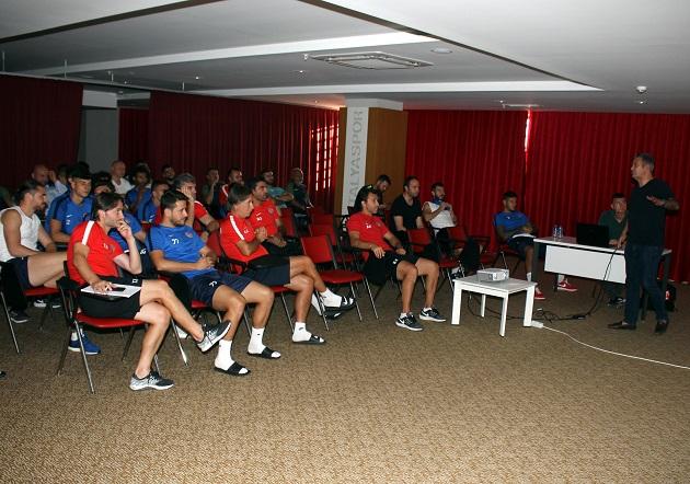 Antalyaspor'da VAR Eğitimi Gerçekleşti