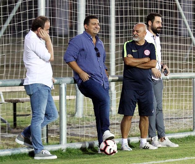 Akşam Antrenmanına Ali Şafak Öztürk'ten Ziyaret