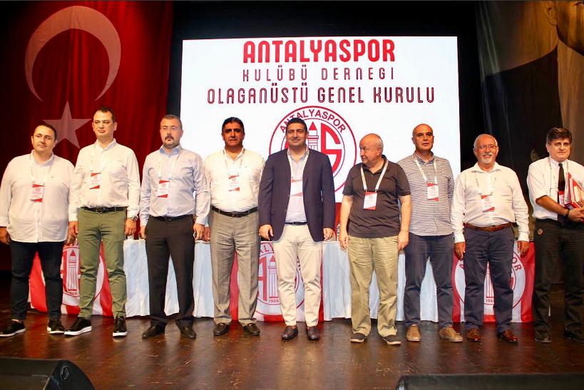 Antalyaspor Kulübü Derneği'nin Yeni Başkanı Ali Şafak Öztürk Oldu