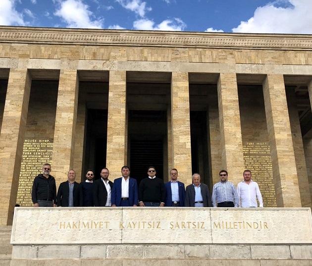 Antalyaspor Yönetiminden Anıtkabir Ziyareti