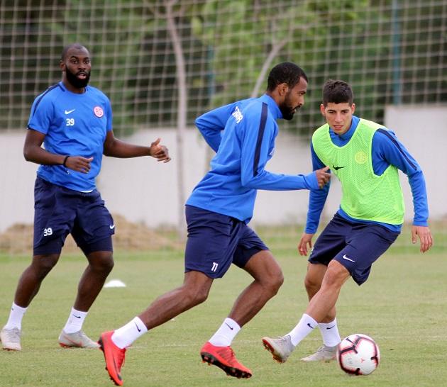 Trabzonspor Hazırlıkları Taktik Çalışmayla Sürdü