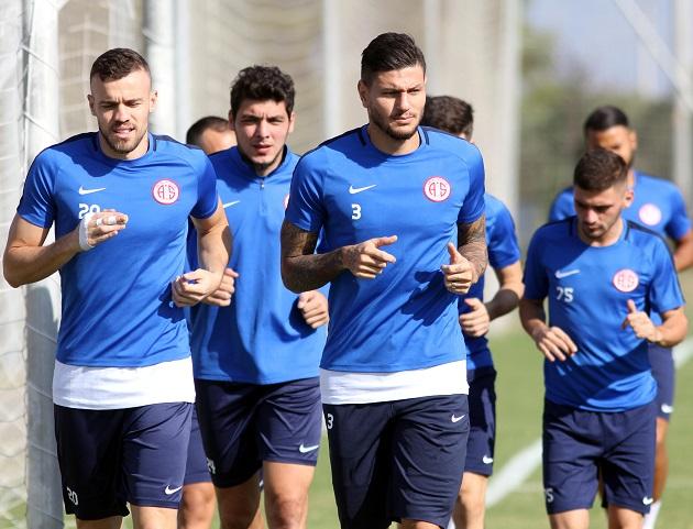 Antalyaspor Günün İlk Çalışmasını Yaptı