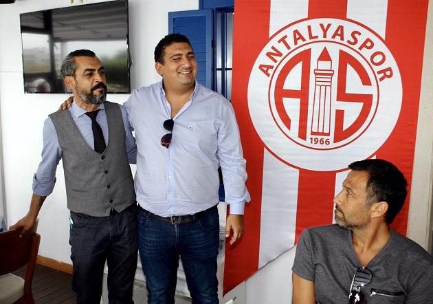 Balıkçı İrfan'dan Antalyaspor Kafilesine Öğle Yemeği