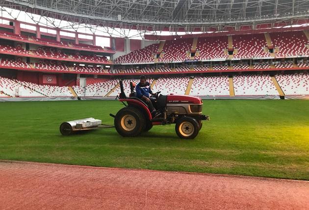 Antalya Stadyumu'nun Zemini Göztepe Maçına Hazır