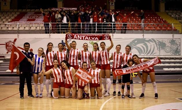 Antalyaspor İç Sahadaki Yenilmezlik Serisini Sürdürdü