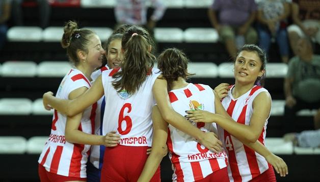 Antalyaspor'un Filedeki Rakibi İzmirspor