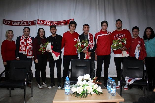 Antalya Lisesi'nin Konuğu Antalyaspor Oldu