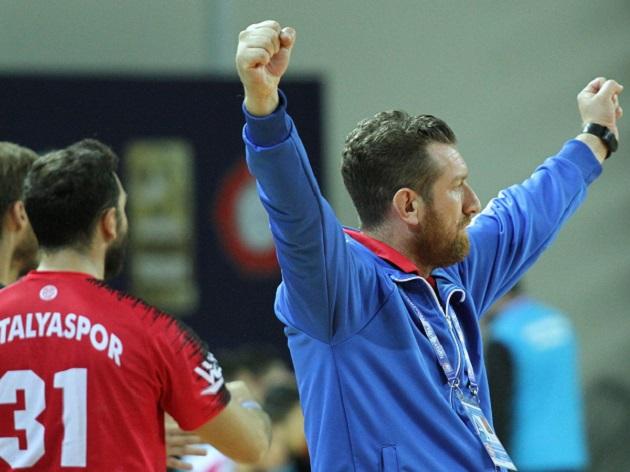 Antalyaspor Evinde Farklı Galip Geldi: 41-26