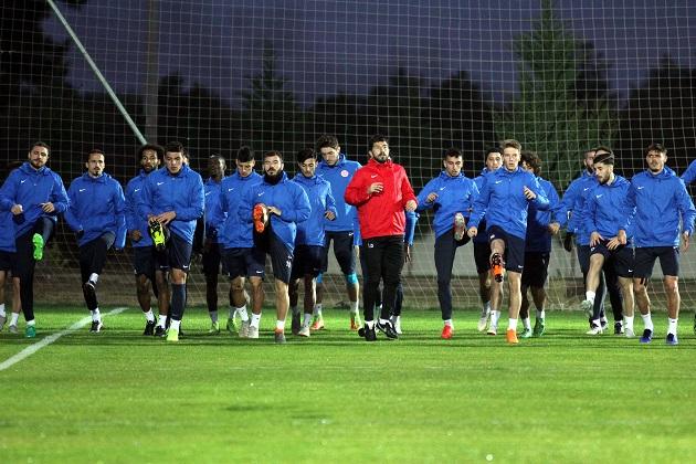 Antalyaspor'un Fenerbahçe Maçı Kamp Kadrosu Belli Oldu