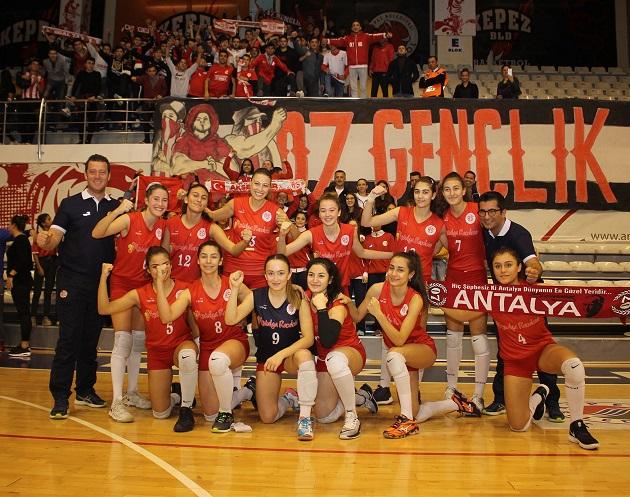 Antalyaspor Derbisinde Kazanan Antalyaspor Oldu
