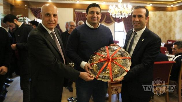 Yeni Malatyaspor Yönetiminden Dostluk Yemeği