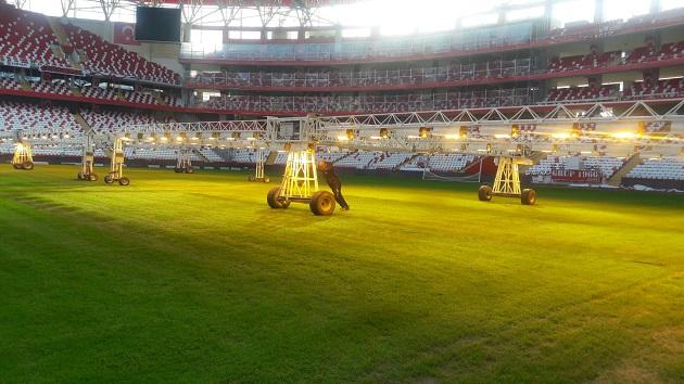 Antalya Stadyumu'nda Bakım Çalışmaları Sürüyor