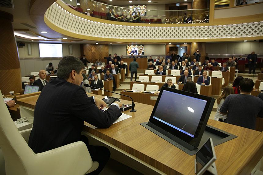 Büyükşehir Belediyesi Devam Meclisinde Antalyaspor Kavgası