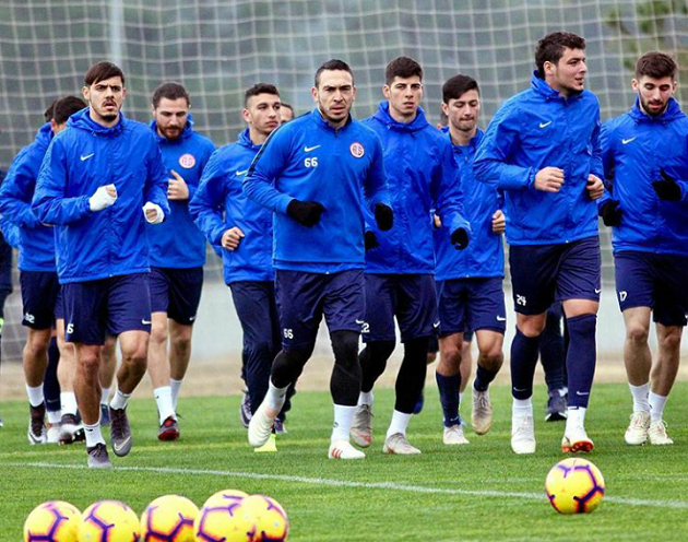 Antalyaspor'un Beşiktaş Maçı Kamp Kadrosu Belli Oldu