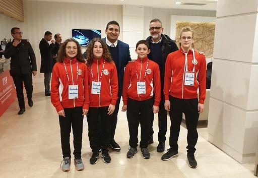 Antalyaspor Yüzme Takımı Beyazdan Maviye Antalya'yı Tanıttı