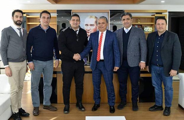 Antalyaspor Yönetiminden Ümit Uysal'a Ziyaret