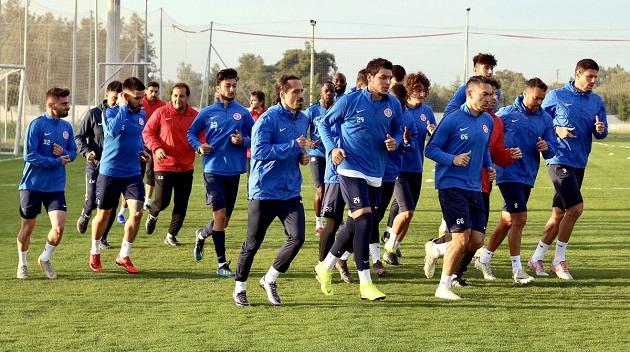 Antalyaspor'da Lig Mesaisi Başladı