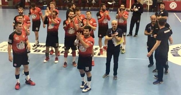 Hentbol Takımımız İzmir BŞB'yi Mağlup Etti
