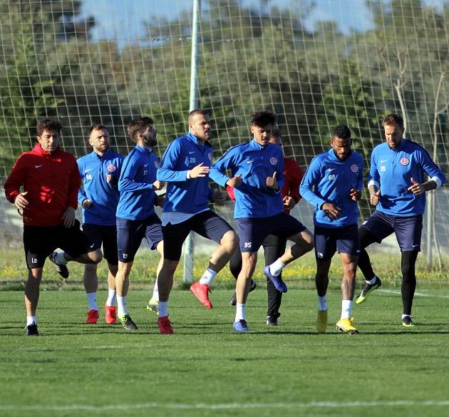 Antalyaspor'da Hazırlıklar Hız Kesmeden Sürüyor