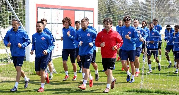 Antalyaspor'da Trabzonspor Hazırlıkları Sürüyor