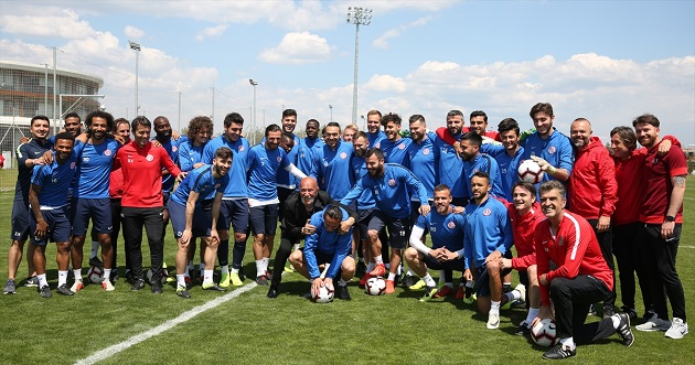 Antalyaspor'da Keyifli Antrenman