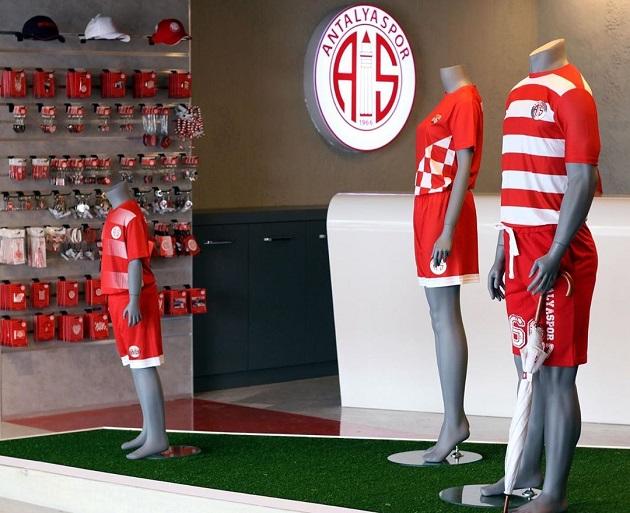 Antalyaspor Store Yeni Yerinde Açıldı
