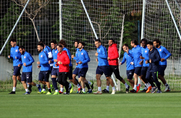 Antalyaspor'un Kasımpaşa Maçı Kamp Kadrosu Belli Oldu