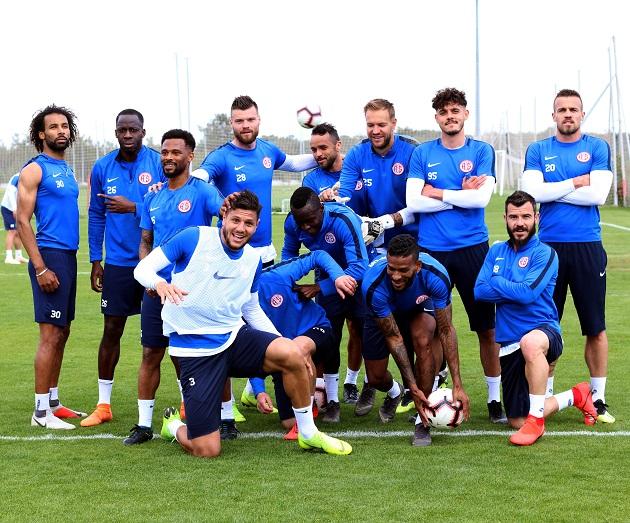Antalyaspor'un Akhisarspor Maçı Kamp Kadrosu Belli Oldu