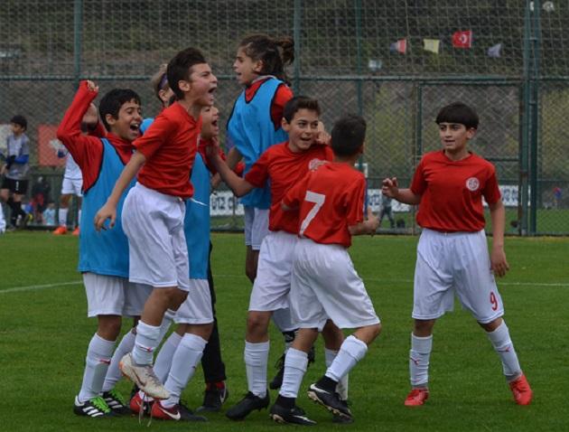 Antalyaspor Turnuvayı Sekiz Puanla Tamamladı