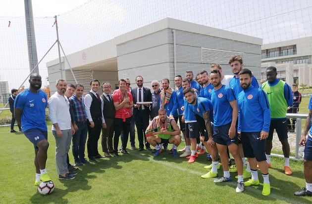 YÖRSİAD'dan Antalyaspor'a Ziyaret