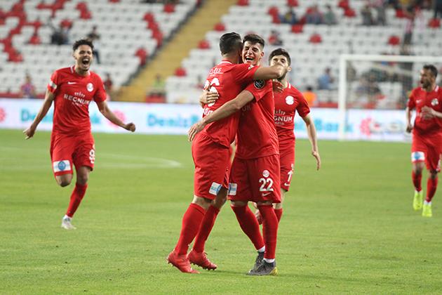 Antalyaspor'dan İç Sahada 23 Puan