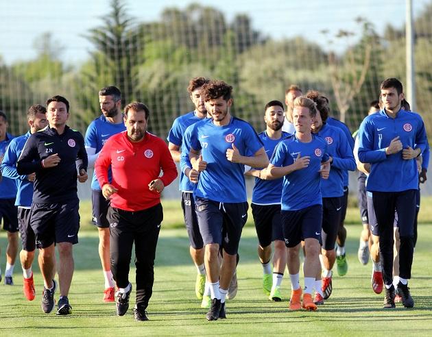 Antalyaspor'da Evkur Yeni Malatyaspor Hazırlıkları Başladı