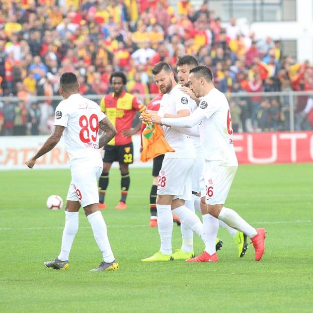 Alanyaspor'dan Antalyaspor'a Anlamlı Teşekkür
